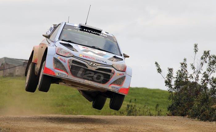 Un problema mécanico deja a Dani Sordo fuera del rallye de Portugal