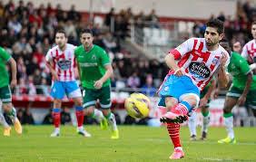 El Racing vuelve de Lugo con un punto de oro